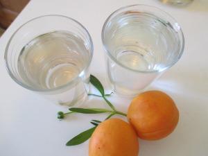 Ume Wasser trinken